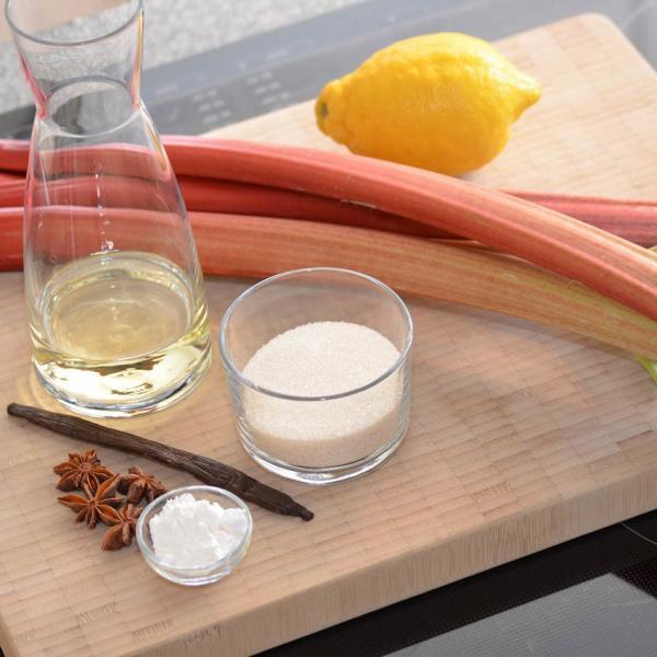 COOK and ENJOY Rezept Rhabarberkuchen mit Mandelbaiser Zutaten