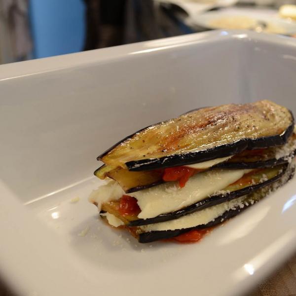 COOK and ENJOY Rezept Parmigiana di Melanzane schichten in der Gratinform
