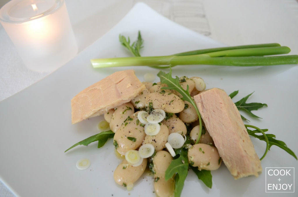 COOK and ENJOY Rezept Weißer Bohnensalat mit Pesto & Aubergine oder Thunfisch hier Pesto & Thunfisch