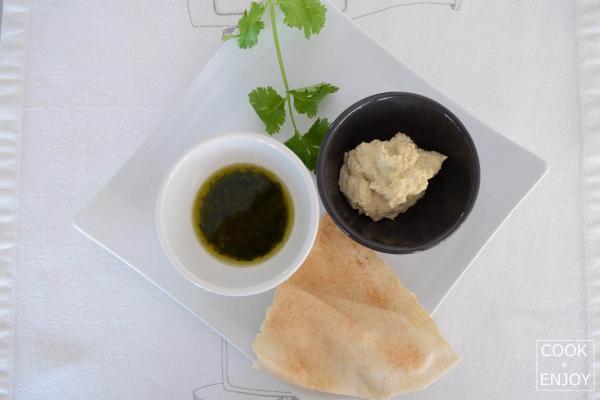COOK and ENJOY Rezept Hummus-Kichererbsenmus mit Pesto und Fladenbrot
