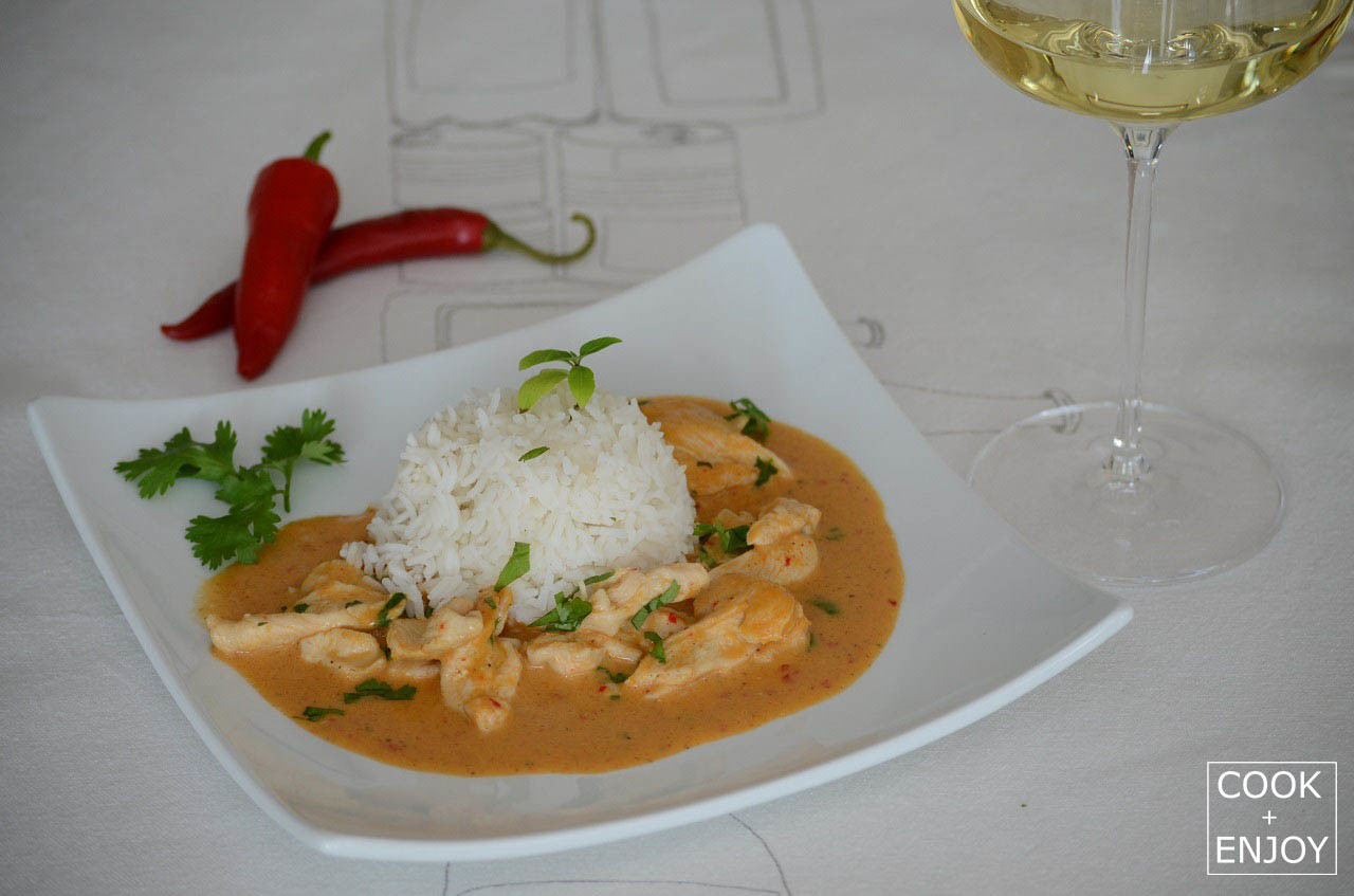 COOK and ENJOY Rezept Rotes Thai-Curry mit Kokossahne