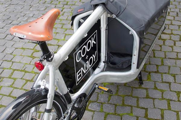 COOK and ENJOY Shop Auslieferung Dreieich Feinkost Wein Lastenfahrrad Cargo Bike