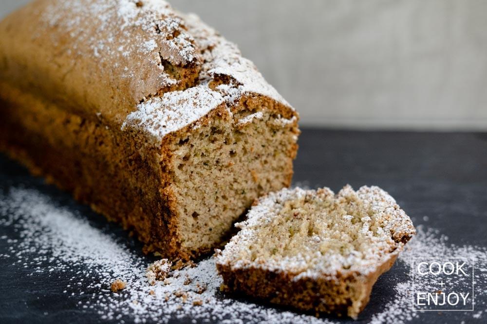COOK and ENJOY Rezept Zucchini Kuchen mit Mandeln